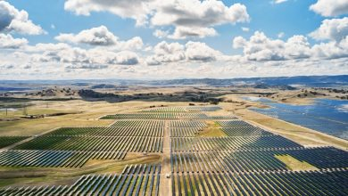 صورة آبل تبني مشروع تخزين للطاقة الشمسية