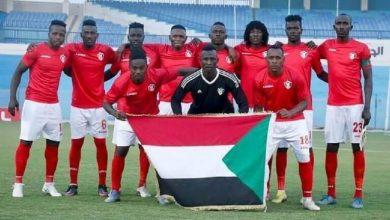 صورة احتفال حارس السودان بطريقتة الخاصة بعد التأهل لكأس الأمم