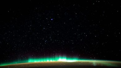 صورة القطب الشمالي ساحة معركة بين OneWeb و SpaceX
