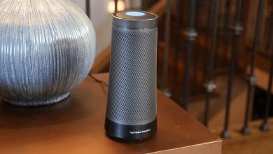 صورة مكبر صوت Cortana الوحيد يزيل مساعد مايكروسوفت الرقمي