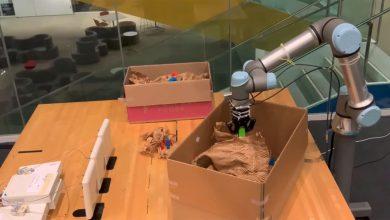 صورة RF-Grasp .. روبوت يستشعر الأشياء المخفية