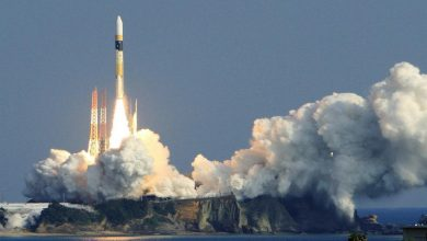 صورة الصاروخ الصيني يصل فلسطين المحتلة ويحلق فوق النقب