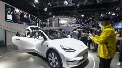 تيسلا تستدعي نحو 300 ألف سيارة في الصين
