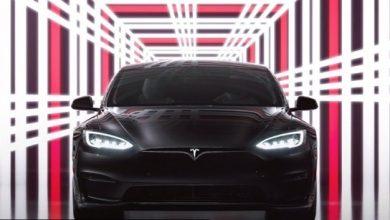 تيسلا تسلم أول 25 سيارة من فئة Model S Plaid