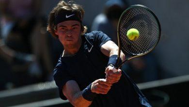 صورة تأهل اللاعب الروسي روبليف إلى نصف نهائي بطولة التنس