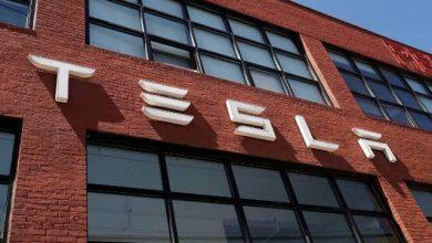 إيلون ماسك يتحدث عن سيارات تيسلا الذاتية القيادة