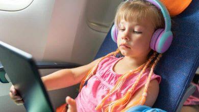 أجهزة وأدوات مفيدة عند السفر مع الأطفال