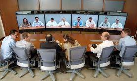 يمكن عقد اجتماعات لمجموعة من الموظفين في أماكن مختلفة عن طريق